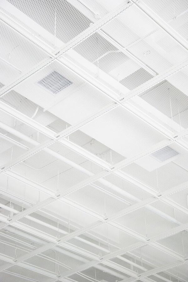 白色铝网拉伸网吊顶